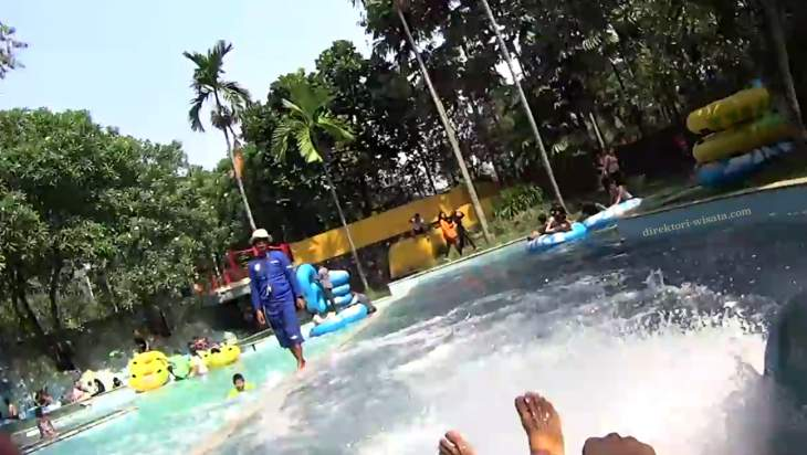 Libur Lebaran The Jungle Waterpark di Bogor